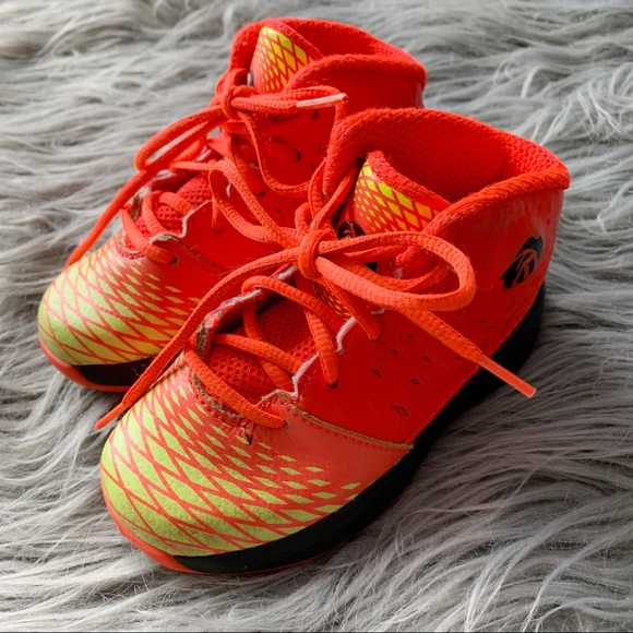 hot sale online 42226 0dcc6 adidas Other - Adidas Derrick Rose Orange Sneakers 8C